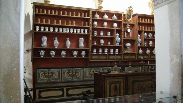 Аптека при монастыре францисканцев в Дубровнике