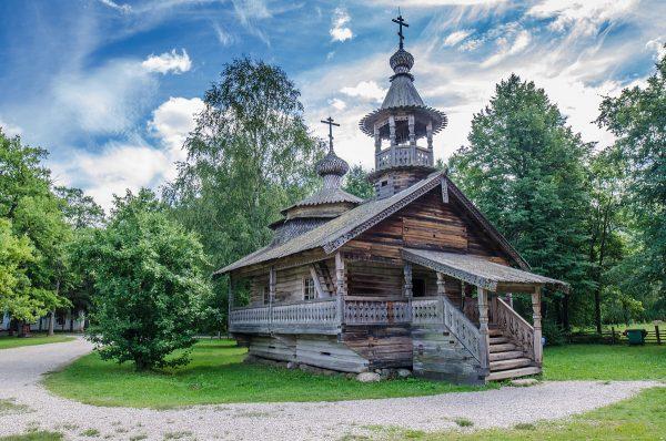 Часовня в музее «Витославлицы» Великого Новгорода