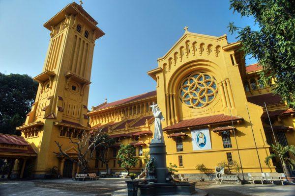 Cua Bac Церковь в столице Вьетнама