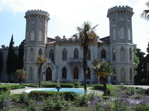 Дворец Гаспра недалеко от Ялты