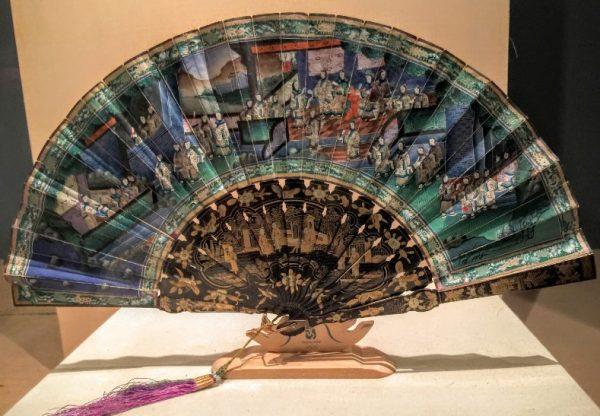 Экспонат национального музея шёлка в Ханчжоу