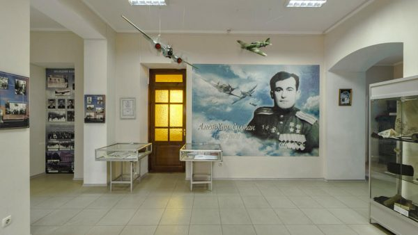 Экспозиция музея Амет-Хана Султана в Алупке