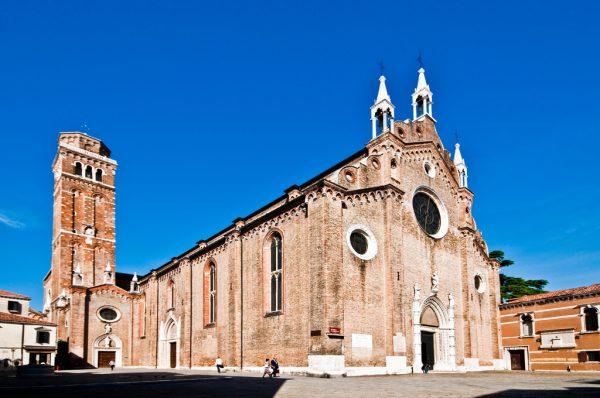 Собор Санта-Мария-Глориоза-деи-Фрари (итал. — «Basilica di Santa Maria Gloriosa dei Frari») в Венеции