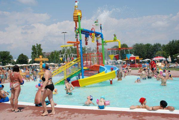 Водные аттракционы в аквапарке Blu Paradise