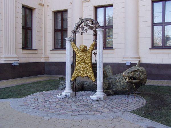 Композиция «Золотое руно» в Сочи