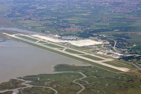 Международный аэропорт Марко Поло в Венеции