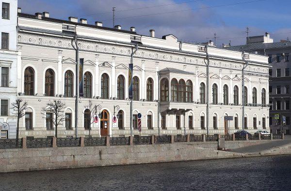 Музей Фаберже во дворце Нарышкиных-Шуваловых