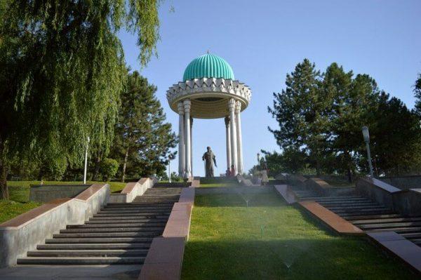 Национальный парк Алишера Навои в Ташкенте