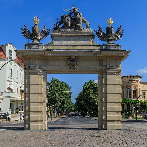Охотничьи ворота в Потсдаме
