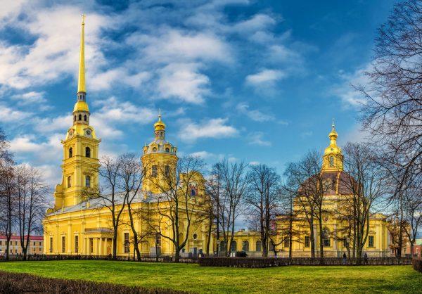 Петропавловский собор в одноимённой крепости Санкт-Петербурга