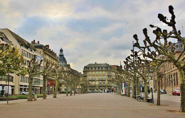 Площадь Брогли в Страсбурге