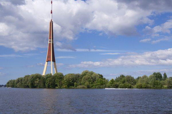 Рижская телебашня в Латвии