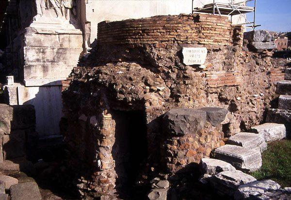 Руины храма «Пуп города»