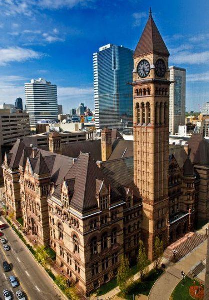 Старая ратуша в городе Торонто