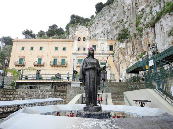 Статуя Святой Розалии в Палермо