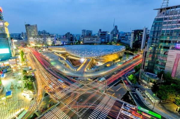 «Тондэмун Дизайн Плаза» в Сеуле
