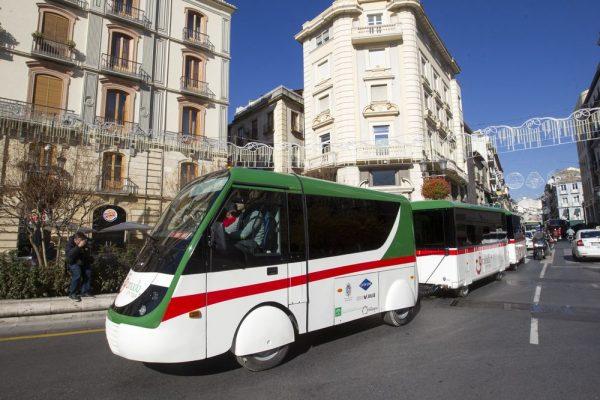 Tren turístico в Гранаде
