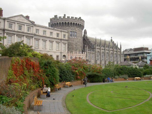 Дублинский замок в Ирландии