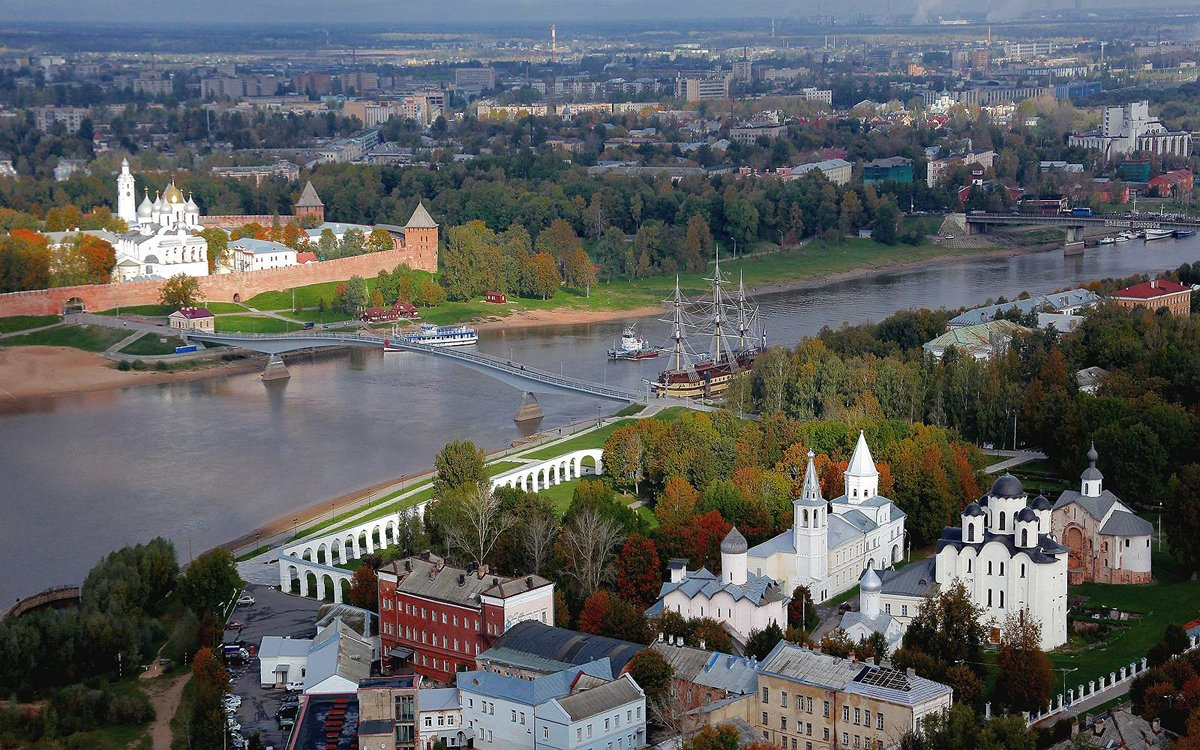 Путешествие в Великий Новгород: интересные достопримечательности и особенности туризма