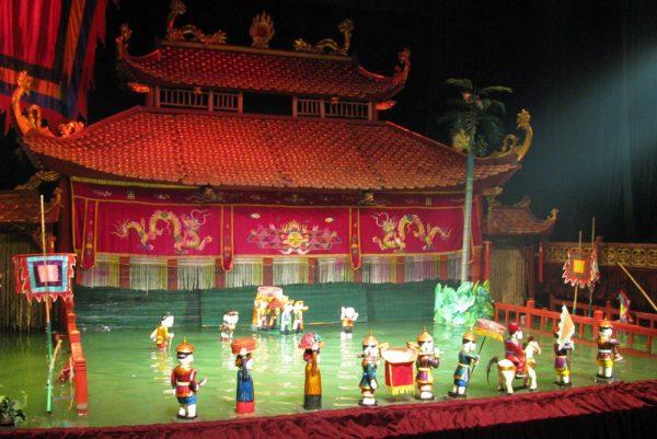 Вьетнамский кукольный театр на воде в Ханое