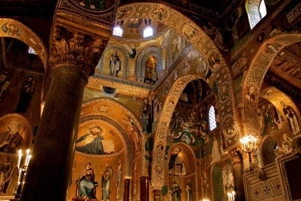 Внутренний интерьер Палатинской капеллы