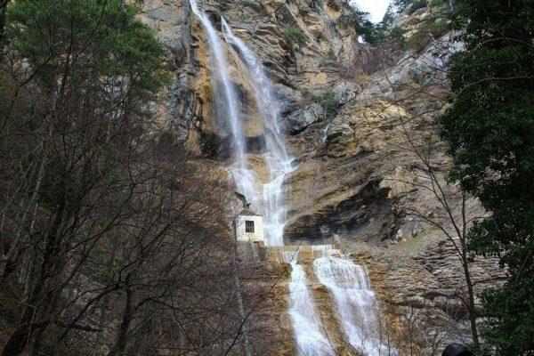 Водопад Учан-Су в окрестностях Ялты