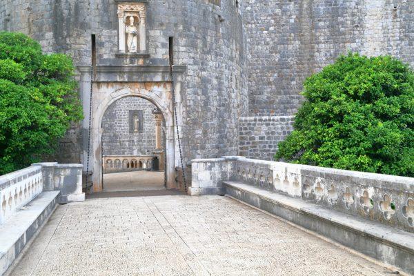Ворота Пиле в Дубровнике