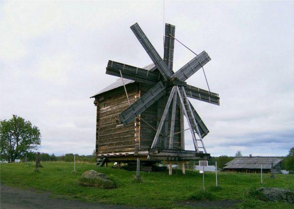 Восьмикрылая ветряная мельница