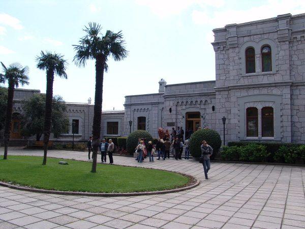 Юсуповский дворец в Кореизе недалеко от Ялты