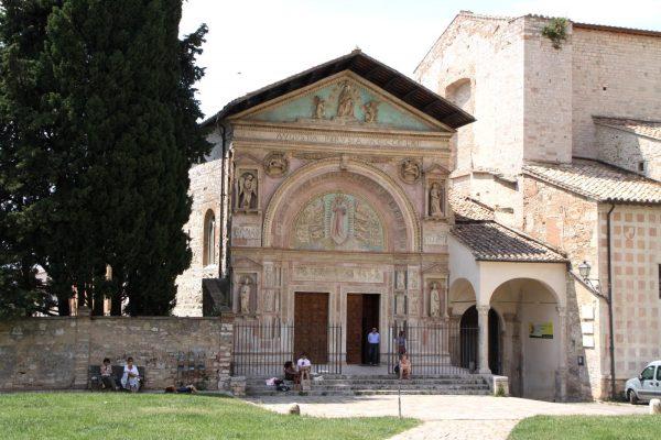 Здание оратория Сан-Бернардино