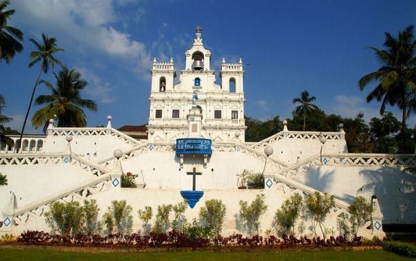 Церковь Божией Матери Непорочного Зачатия в Панаджи Гоа