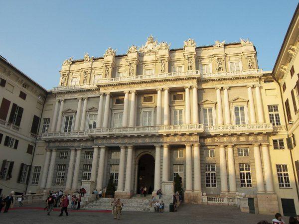 Дворец дожей в Генуе