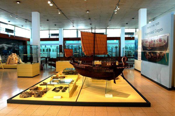 Экспонаты морского музея в Хайфе