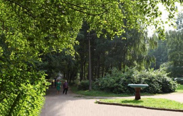 Парк «Эрувиль Сен-Клер» в Тихвине