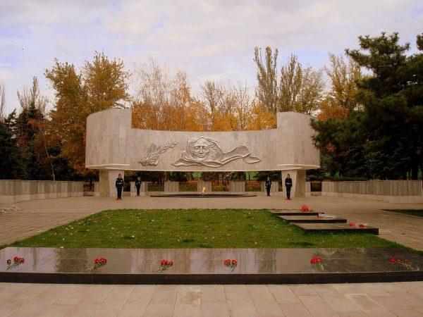 Мемориальный комплекс «Павшим воинам» в Ростове-на-Дону