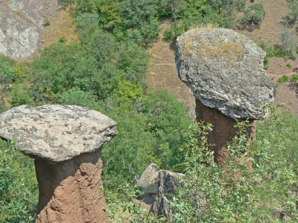 Мистические каменные грибы в долине Сотера