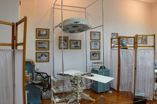 Операционная в музее Бехтерева