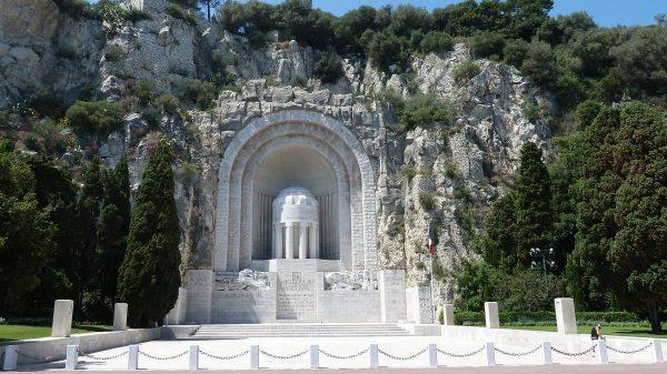 Памятник павшим в Ницце