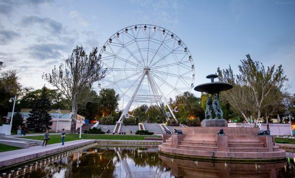 Парк имени Октябрьской революции в Ростове-на-Дону