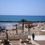 Территория городского пляжа Дадо