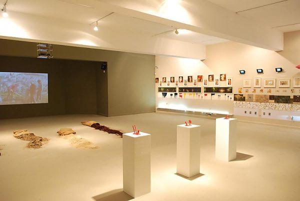 Зал художественного музея в Хайфе