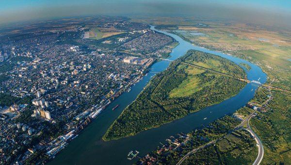 Зелёный остров на реке Дон