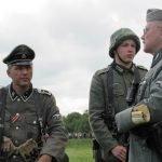 Актёры-реконструкторы фестиваля «Ржевский выступ» в немецкой военной форме