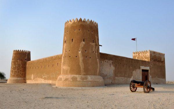 Башни и стены форта Аль-Зубара