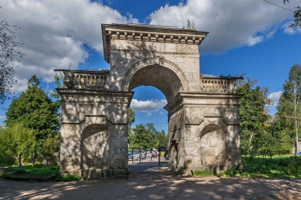 Берёзовые ворота