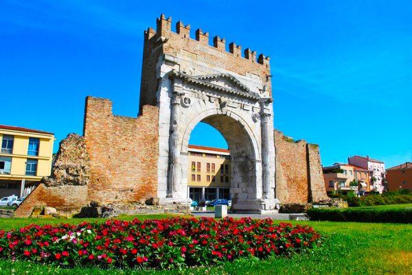 Арка Августа в Римини