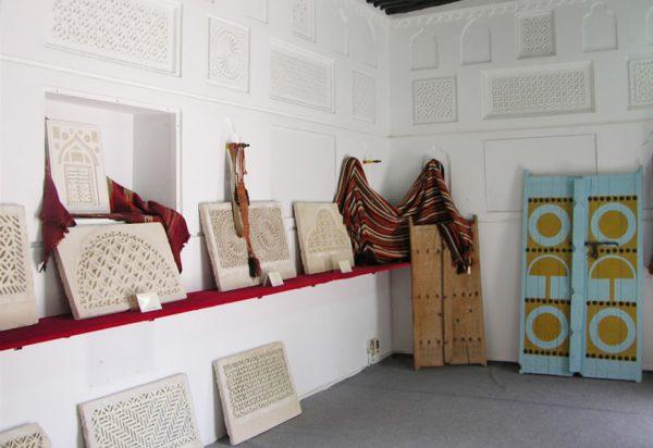 Экспонаты национального музея Катара в Дохе