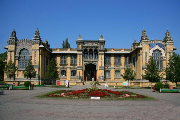 Главные Нарзанные ванны в Кисловодске