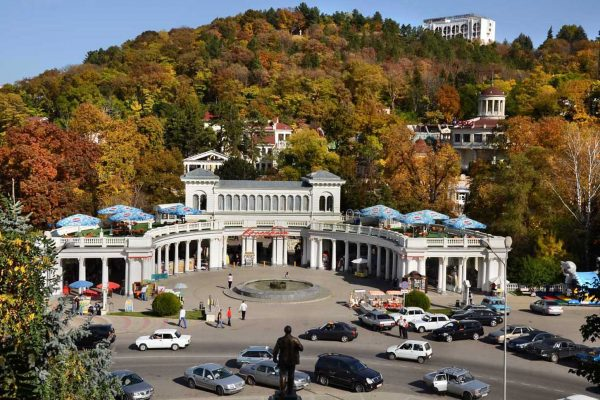 Колоннада Курортного парка в Кисловодске