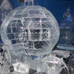 Ледяные скульптуры в Леднике